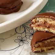 Isteni desszert: Citromhabos négerkocka! - Blikk Rúzs French Toast, Breakfast, Food, Meal, Eten, Meals, Morning Breakfast