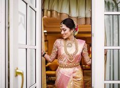 Top Kamarbandh Design Ideas To Steal From South Indian Brides - ShaadiWish Indian Wedding Planner - Top Kamarbandh Design Ideas To Steal From South Indian Brides Top Kamarbandh Design Ideas To Steal From South Indian Brides - South Indian Bride Saree, South Indian Bridal Jewellery, Indian Bridal Sarees, Indian Wedding Wear, Bridal Silk Saree, Indian Bridal Outfits, Indian Bridal Fashion, South Indian Weddings, Saree Wedding
