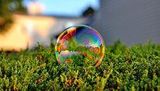 Fondo Burbuja en el jardín del tema Obras de la Comunidad: Arte cotidiano 4