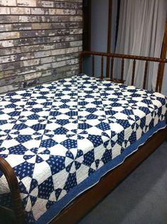 Mano Vintage acolchado edredón azul y blanco