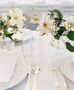 classic, pretty flowers originally featured in Martha Stewart Weddings
