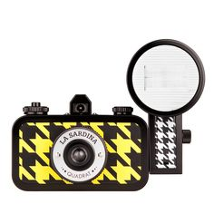 still drooling over this houndstooth lomography camera in a serious way: La Sardina & Flash Quadrat