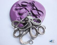 Octopus Mold -Silicone Molds Great for Steampunk and Nautical motifs This mold can be used for all kinds of fun projects including jewelry Diy Resin Crafts, Diy Clay, Bead Crafts, Steampunk, Kawaii Crafts, Printing On Burlap, Holiday Jewelry, Resin Art, Clay Art