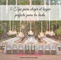 Cuando uno está iniciando con los preparativos del casamiento, hay cosas como ya dijimos en varios post, que tienen que encabezar la lista de actividades a realizaryreservar el lugar para el mism...
