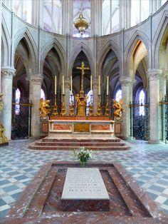 #Tombe de Guillaume le Conquérant, #Abbaye aux Hommes de #Caen #Calvados #Normandie
