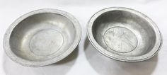 Wilton armetale federal satin RWP pewter bowl 18 century colonial looks set of 2