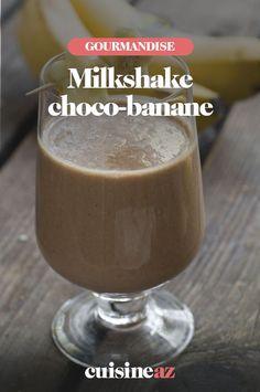 Le milkshake choco-banane est parfait pour être bu devant un match de foot ! #recette#cuisine#milkshake#chocolat #banane #boisson Milk Shakes, Pudding, Parfait, Desserts, Food, Banana, Drink, Chocolates, French Food