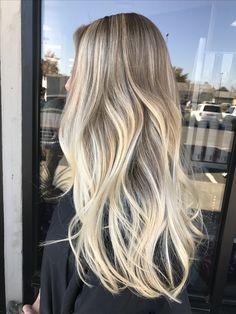 Perfect blonde Balayage by Kathy Nunez. #balayage