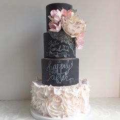 These wedding cakes today are unique, vibrant and simply beautiful, coming from featured top-notch cake designers that seriously amaze with their skill. Wedding Jokes, Mod Wedding, Beautiful Wedding Cakes, Beautiful Cakes, Simply Beautiful, Chalkboard Cake, Chalkboard Wedding, Cakes Today, Painted Cakes
