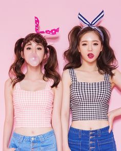 kstylick:  Gingham Crop Top by Chuu