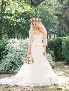 Wedding dress idea; Featured Photographer: Braedon Photography