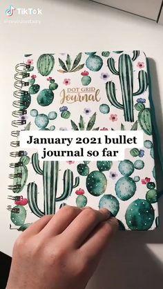 Bullet Journal Paper, Bullet Journal Mood Tracker Ideas, Creating A Bullet Journal, Bullet Journal Lettering Ideas, Bullet Journal Notebook, Bullet Journal Aesthetic, Bullet Journal School, Bullet Journal Ideas Pages, Bullet Journal Inspiration