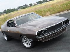 Black Eyes: Modified 1974 AMC Javelin < Absolutely wicked-looking. Looks like a Chip Foose creation.
