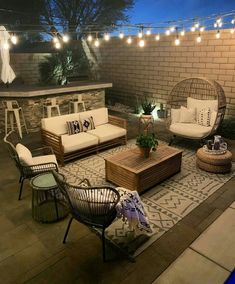 What a dreamy outdoor space 😍 From Outdoor Patio Designs, Outdoor Spaces, Outdoor Living, Outdoor Decor, Patio Ideas, Backyard Furniture, Patio Makeover, New Homes, House Design
