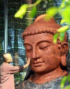 Buddha Face, Buddha Head, Buddha Sculpture, Bronze Sculpture, Theravada Buddhism, Buddha Painting, Buddhist Art, Knights Templar, Meditation Music