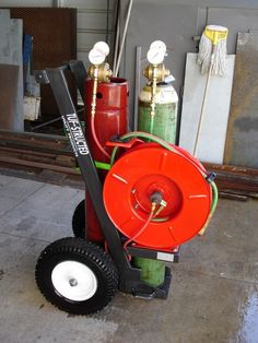 The Welding Cart Thread. - WeldingWeb™ - Welding forum for pros and enthusiasts Welding Trucks, Welding Gear, Welding Shop, Welding Rigs, Welding Table, Diy Welding, Metal Art Projects, Welding Projects, Diy Projects