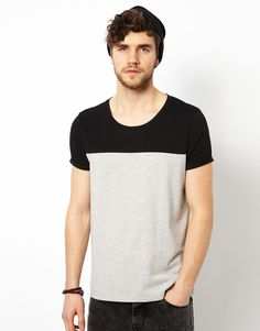 Find the best selection of ASOS T-Shirt With Cut And Sew Contrast Yoke. Shop today with free delivery and returns (Ts&Cs apply) with ASOS! Polo Tee Shirts, Asos T Shirts, New T Shirt Design, Shirt Designs, Blog Couture, Black And White T Shirts, Tee Shirt Homme, Men Design, Shirt Jacket