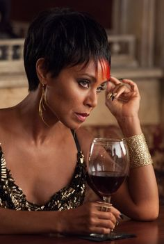 Gotham - Fish Mooney - Jada was born to play this role.