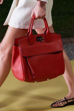 Latest Handbags, Handbags On Sale, Tote Handbags, Gucci Handbags, Replica Handbags, Vogue Paris, Salvatore Ferragamo, Vintage Handbags, Mannequins