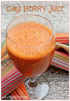 Helyn's Healthy Kitchen: Goji Berry Juice