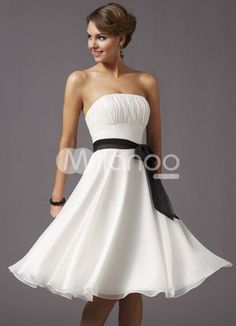 Another prom dress want... Romantic White Strapless Sash Pleated Bow Chiffon Satin Homecoming Prom Dress