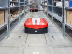 Warehouse_and_Distribution_Solutions_CarryPick.gif (1400×1050)