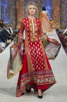 http://www.ShariqTextile.com/ Collection at #Pakistan #Fashion Week, June 2014, London