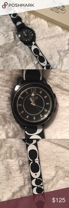 Women's Coach Watch Adorable! Like new condition. Has a rubber band. No flaws. 100% authentic and comes with the box and book. Needs a battery. Coach Accessories Watches