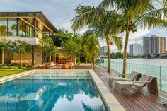 Floating Eaves Residence by Kobi Karp (3)