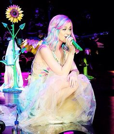 """Double Rainbow"" #prisamaticworldtour #katyperry from her 2014 Concert! I love this song!!!! ""Double Rainbow""!!!"