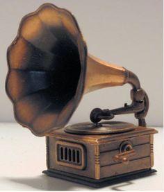 good old gramaphone!! vintage kinda feel