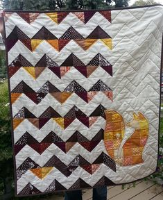 Fox Applique quilt with the pattern for the fox