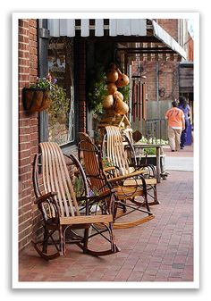 Do a little shopping in the cool shops of Black Mountain, NC #rocker #rockingchair #vacation #highrockrentals