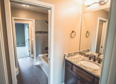 Traditional Jack And Jill Bathroom Design Ideas Pictures Remodel Decor