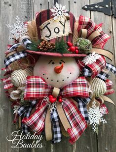 Rustic Christmas Wreath Snowman Plaid Ribbons Holiday l Etsy Snowman Christmas Decorations, Snowman Wreath, Christmas Swags, Christmas Centerpieces, Holiday Wreaths, Christmas Snowman, Christmas Crafts, Christmas Ornaments, Winter Wreaths