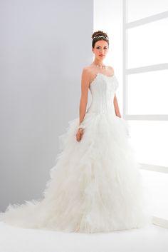 Vestido de Noiva de Eglantine Créations (Brise), corte evasé, decote coração, longo, sem mangas