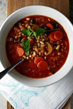 Italian Barley and White Bean Soup ~vegan~