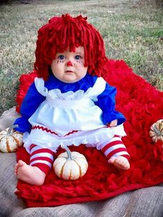 22 halloween costume for kids!Whether you\'re looking for a Halloween costume for yourself your . a dozen Halloween parties to go to because I was swimming in great costume ideas. Cute Baby Costumes, Baby Girl Halloween Costumes, Fete Halloween, Halloween Kids, Pregnant Halloween, Homemade Halloween, Baby Costumes For Girls, Halloween Halloween, Kids Fashion