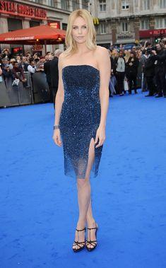 Charlize Theron in Dior Haute Couture per la premiere di Prometheus