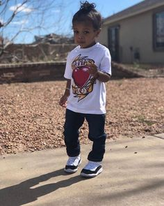 Cool kid @jeremiahgonz17  #handsome #prince #saturday #happynewyear #lilbeautiesusa #kidsoftheworld #freshsincebirth Usa Baby, Handsome Prince, Toddler Outfits, Cool Kids, Sons, Hipster, Babies, Future, Beauty