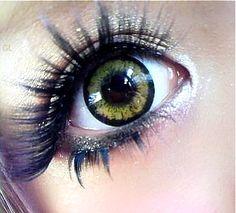 •○~ Gyaru fashion, ギャル♥ gyaru makeup - false eyelashes - glitter - eyeshadow - circle lenses - eye-enlarging contact lenses - kawaii - Japanese street fashion✮ ~•○