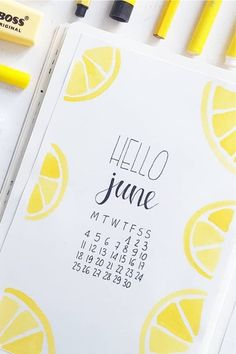 Check out the 25 best lemon themed BULLET JOURNAL spreads and layouts for inspiration Bullet Journal Paper, Bullet Journal Headers, Creating A Bullet Journal, Bullet Journal Month, Bullet Journal Cover Ideas, Bullet Journal Lettering Ideas, Bullet Journal Notebook, Bullet Journal Aesthetic, Bullet Journal School