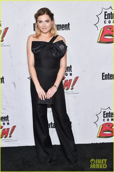 Eliza Taylor at Entertainment Weekly's Comic-Con 2017