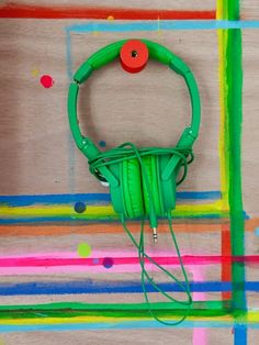 Green headphones © julie ansiau