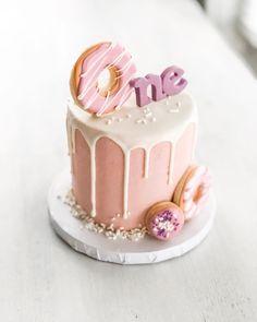 "🍩 ""Donut Grow Up"" themed sweets for Mya's birthday celebration today 🍩! Funfetti marshmallow smash cake & sheet cake, and an… 1st Birthday Cake Smash, Birthday Cake Girls, Birthday Themes For Girls, Birthday Ideas, One Year Birthday, Birthday Design, Donut Birthday Parties, Birthday Celebration, Donut Birthday Cakes"
