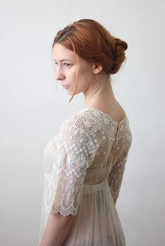 antique robe  robe de mariée dentelle des années par 1919vintage, $465.00