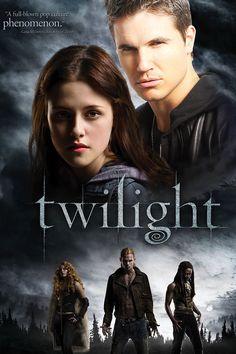 Twilight - Starring Kristen Stewart, Taylor Lautner and Robert Pattinson Twilight 2008, Twilight Film, Twilight Online, Twilight Images, Twilight Poster, Vampire Twilight, Twilight Princess, Edward Cullen, Bella Und Edward