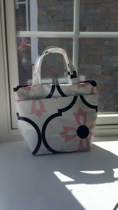 Pink Blossoms  Lunch Tote by DesignHerStyles on Etsy, $29.00