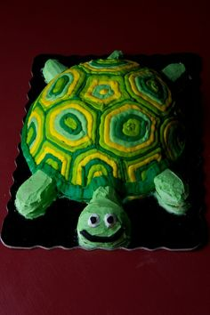 turtle cake that is such a cute cake that would be perfect for