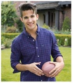 "The beautiful & talented Dez Duron from ""The Voice"" Season 3 ❤"